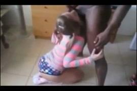 Filme porno mulheres castrando homem